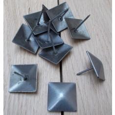 Pack of 10 door studs 30mm Square Antique Iron