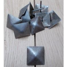 Pack of 10 door studs 35mm Square Antique Iron