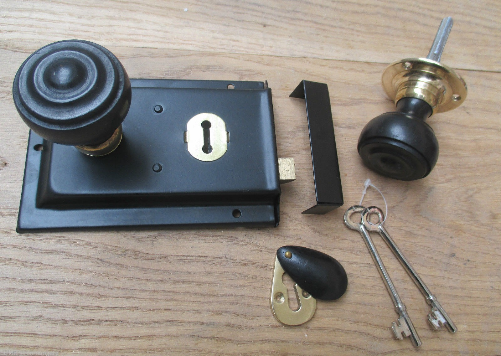 Classic Old English Rim Door Lock And Knob Handle Set