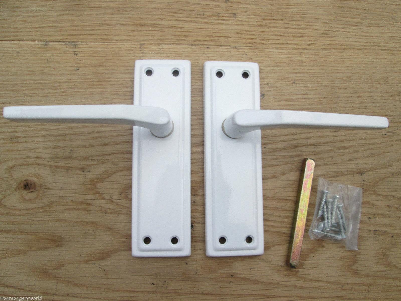 white door handles ironmongery world. Black Bedroom Furniture Sets. Home Design Ideas